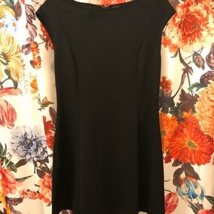 gap little black dress